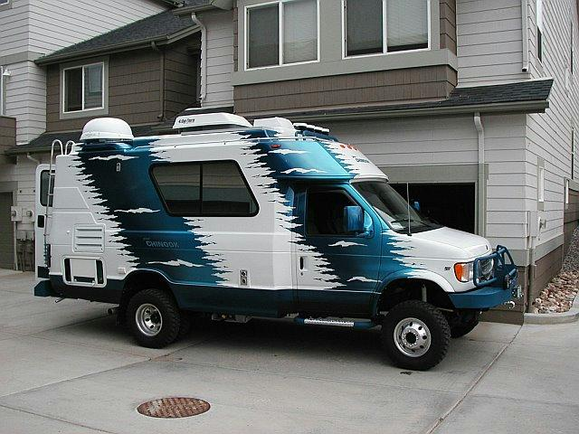 2000-2004 Ford / Chinook Baja 4×4 RV – Blue Oval Trucks