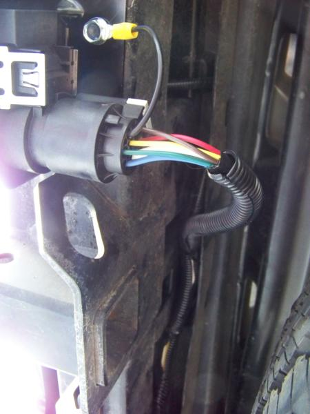 Installing a 7 Blade RV Connector on a Ford Expedition