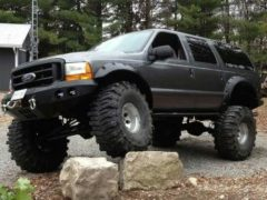 Moddz 2000 Ford Excursion 4×4
