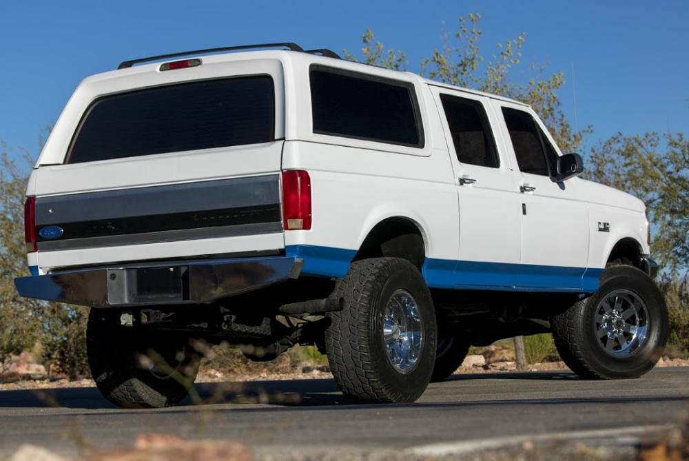 1996 Ford Centurion Classic – Blue Oval Trucks