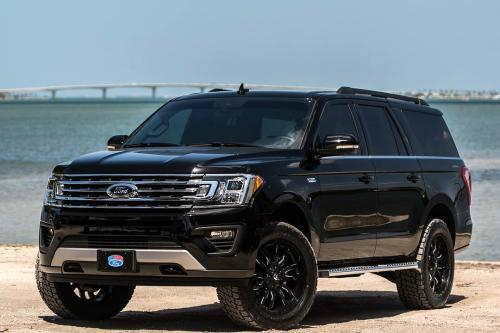 A Lifted  Ford Expedition