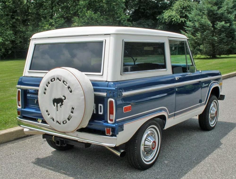Incredible History Of The Ford Bronco Blue Oval Trucks Inzonedesignstudio Interior Chair Design Inzonedesignstudiocom